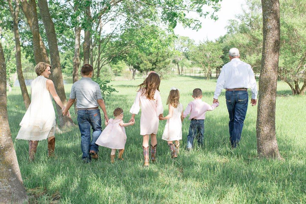 Landon-Schneider-Photography-Family-Session-Texas_0005.jpg