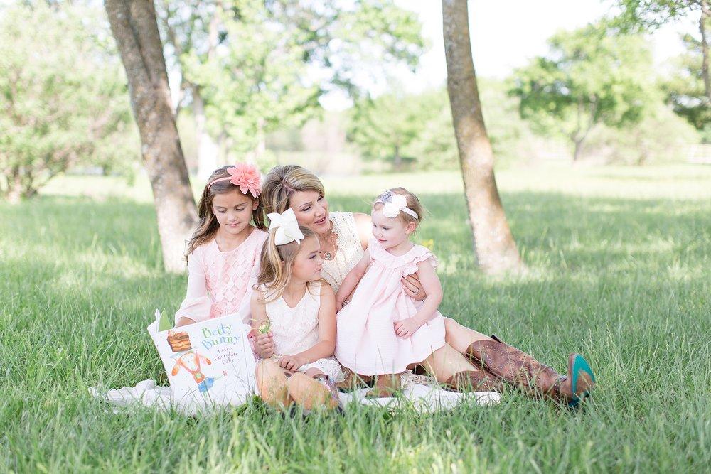 Landon-Schneider-Photography-Family-Session-Texas_0008.jpg