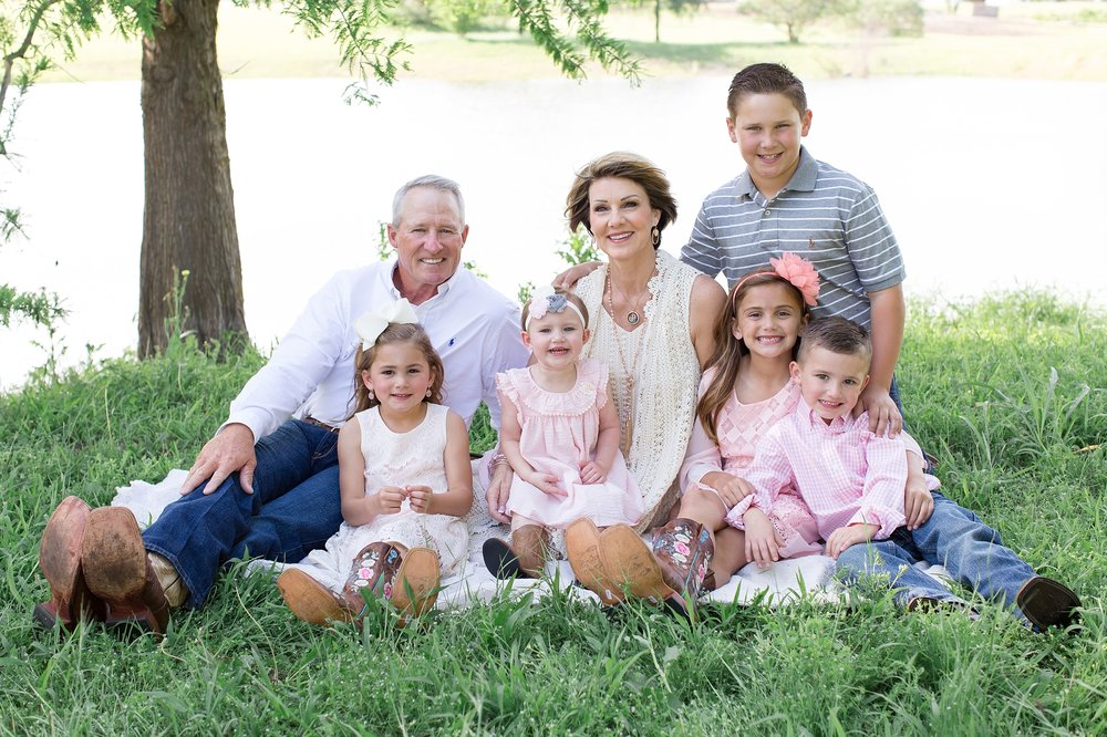 Landon-Schneider-Photography-Family-Session-Texas_0011.jpg