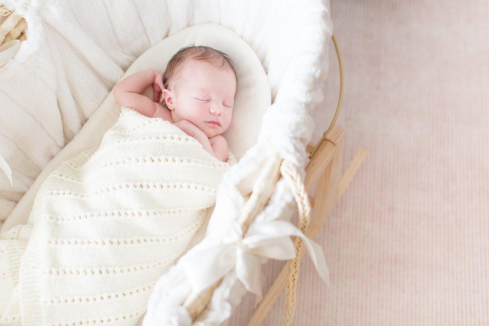 Landon-Schneider-Photography-Newborn-Session-Texas_0020.jpg