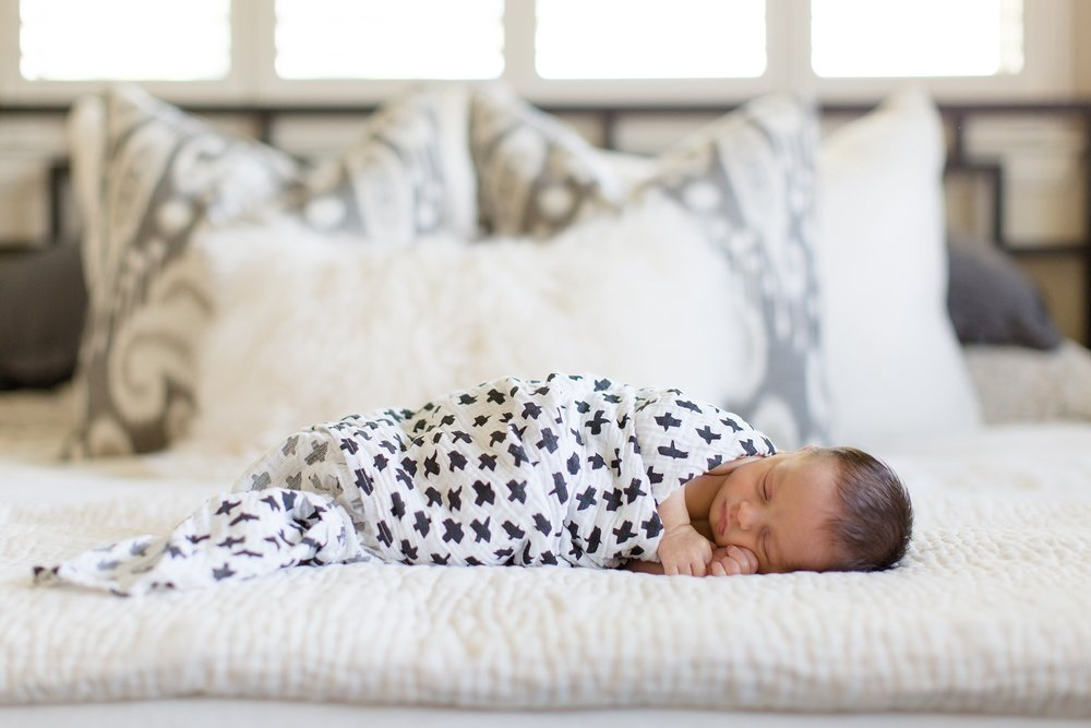 Landon-Schneider-Photography-Newborn-Session-Texas_0074.jpg