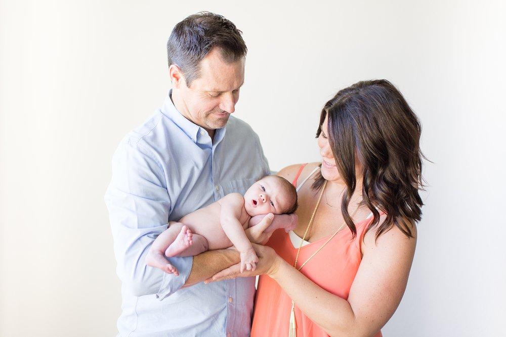 Landon-Schneider-Photography-Newborn-Session-Texas_0095.jpg