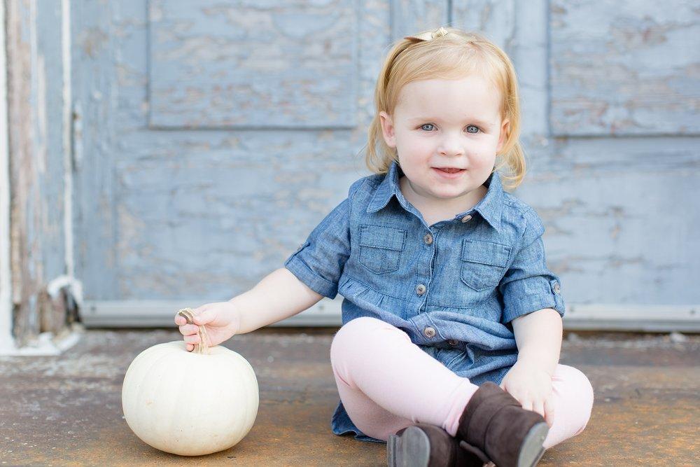 Landon-Schneider-Photography-Newborn-Session-Texas_0146.jpg