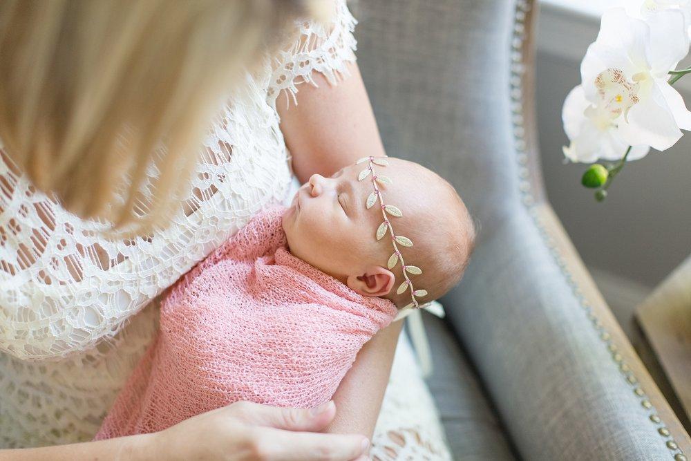 Landon-Schneider-Photography-Newborn-Session-Texas_0183.jpg