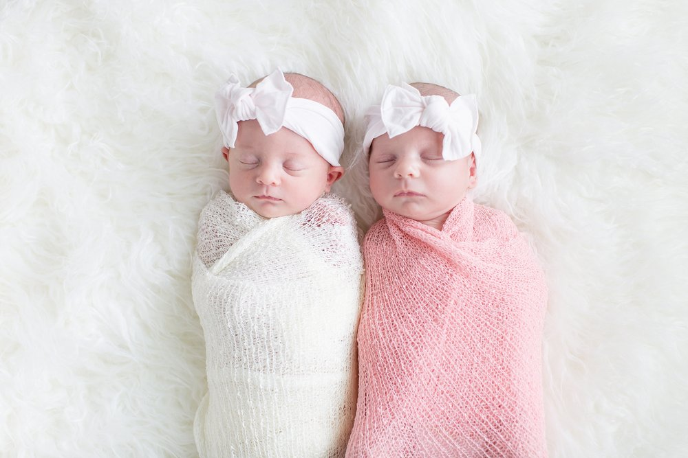 Landon-Schneider-Photography-Holt-Newborn-Session-Texas_0016.jpg
