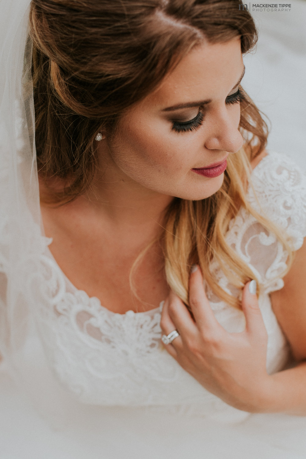 Bride: Jana  Photo: Mackenzie Tippe Photography
