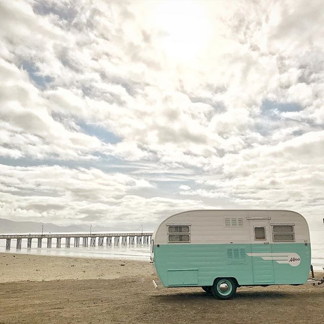 Our 1954 Aljoa pictured here, ready for nature's bath!! We are back home from the road, just in time for some beautiful California 🌨☔️💨! Stay safe fellow travelers and anyone out on the roads this week! #vintagetrailer #TinkerTin #rolling