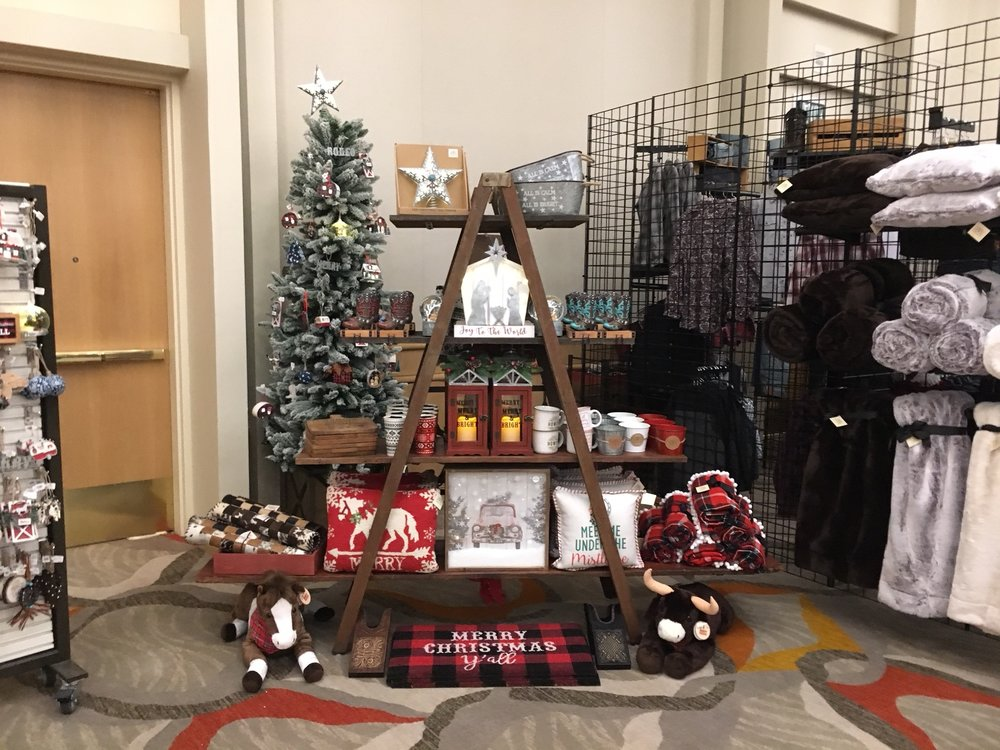 Custom in-store retail holiday display
