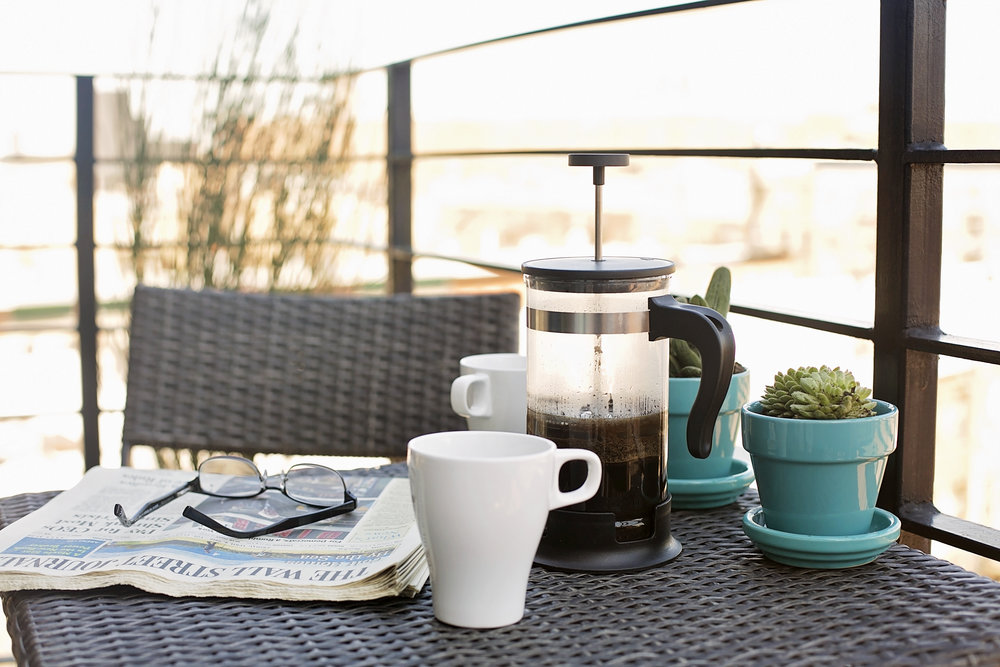 detail balcony coffee.jpg