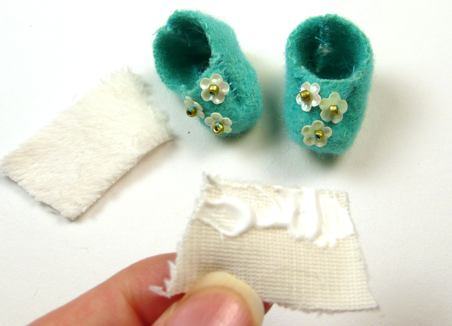 Tiny Doll Slippers Doll Project