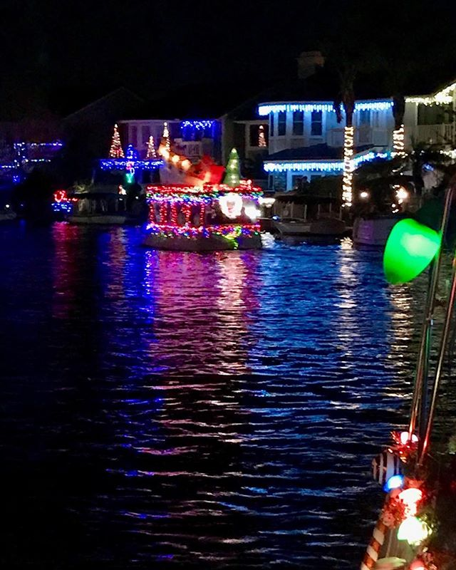 Annual Party and Boat Parade at a dear friend's home in Yorba Linda - 'tis the season.'🎄