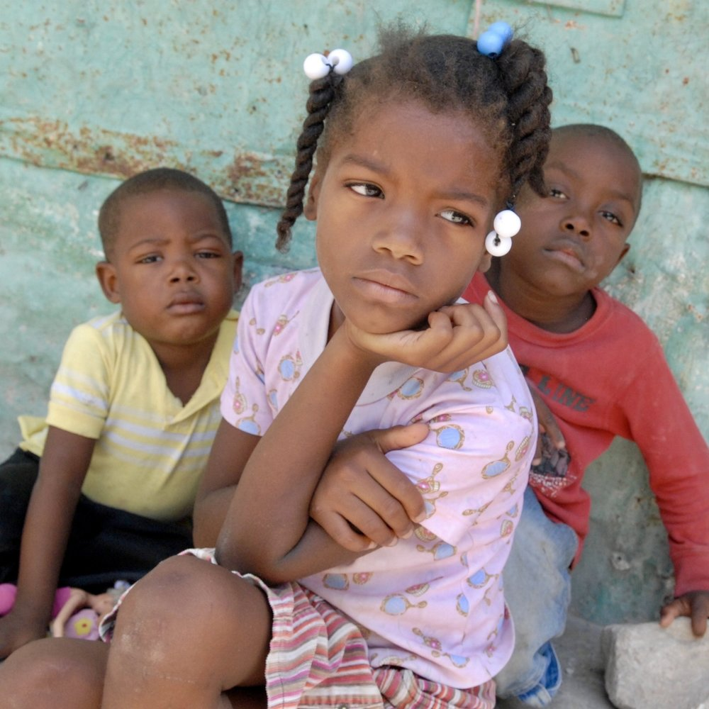 Little girl in Duverge.jpg