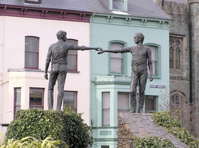 Two statues representing two communities in Derry, Northern Ireland; photo by Kenneth Allen.