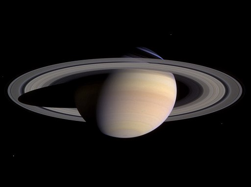 Image of Saturn taken by the Cassini space probe, May 2004; image by NASA / JPL / Space Science Institute.