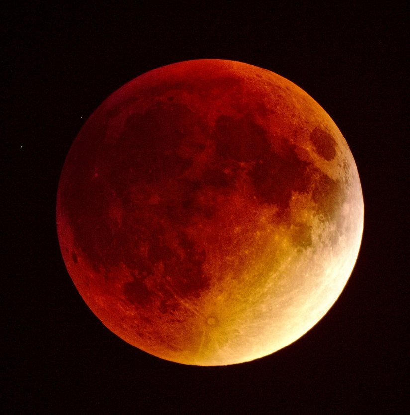 Total Lunar Eclipse September 28, 2015; photo by Radoslaw Ziomber via Wikimedia Commons.