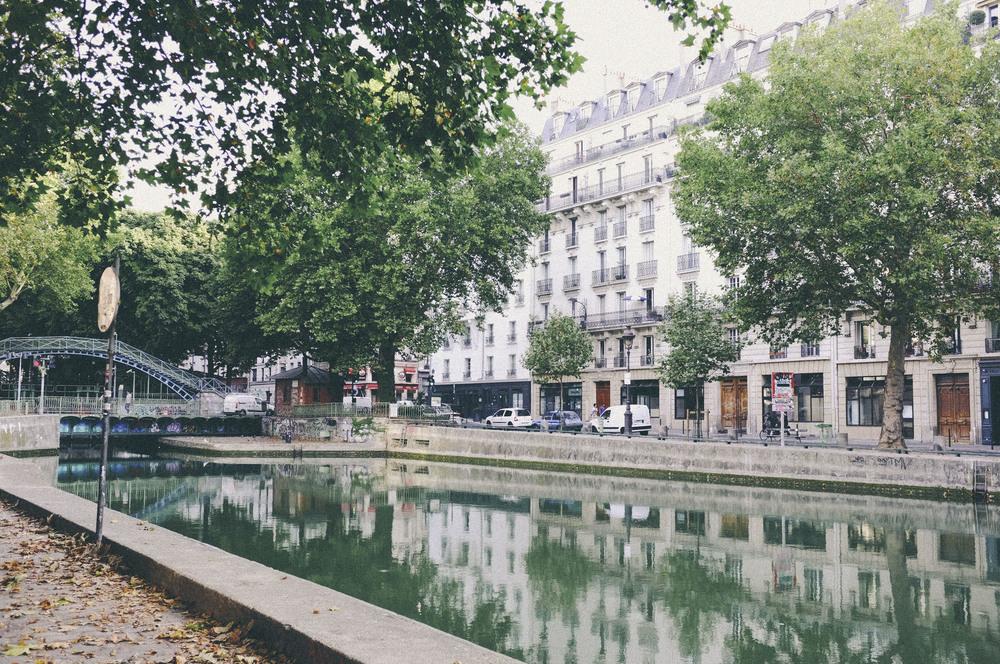 canal st martin, paris - www.derrive.com