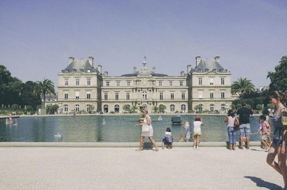luxembourg gardens, paris - www.derrive.com