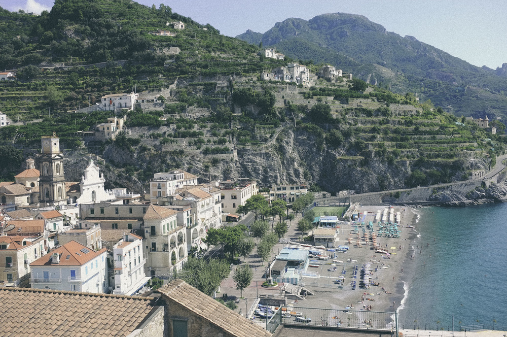 the amalfi coast, italy - www.derrive.com