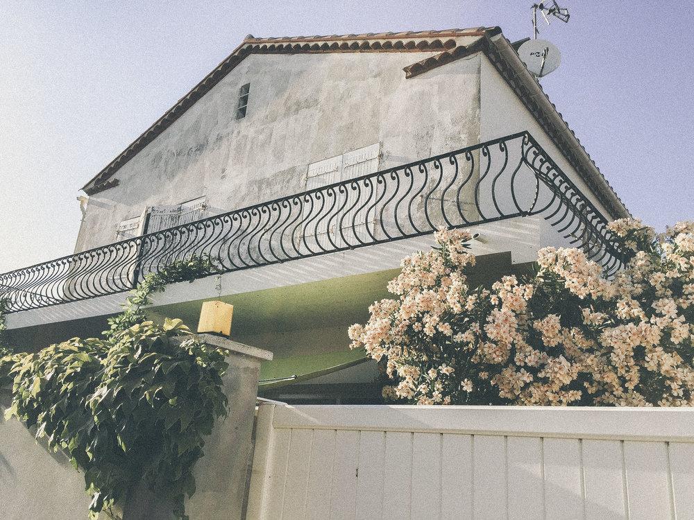 dérrive travel - saintes-maries-de-la-mer www.derrive.com