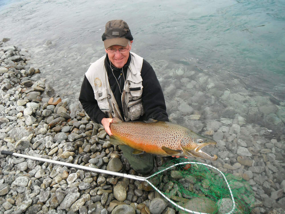 19-lb-brown-caught-at-Ohau-Canal.-By-Alan-Ballard.jpg