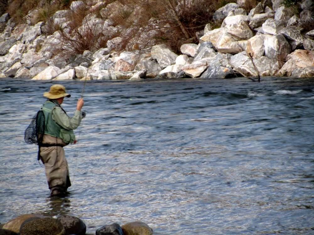 !3 July 2012 James Mcdonald fishing -Motueka River 010.JPG