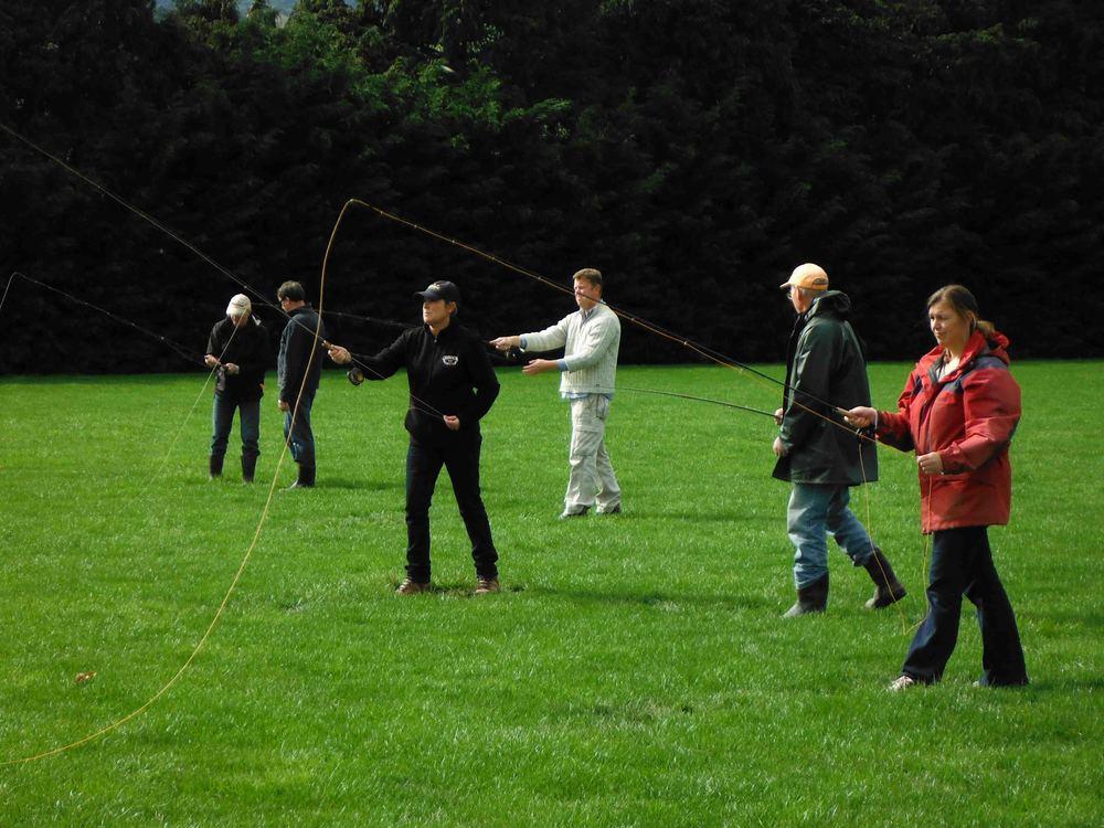 casting clinic 2012.John Palmer B&w fish 017-1new.jpg