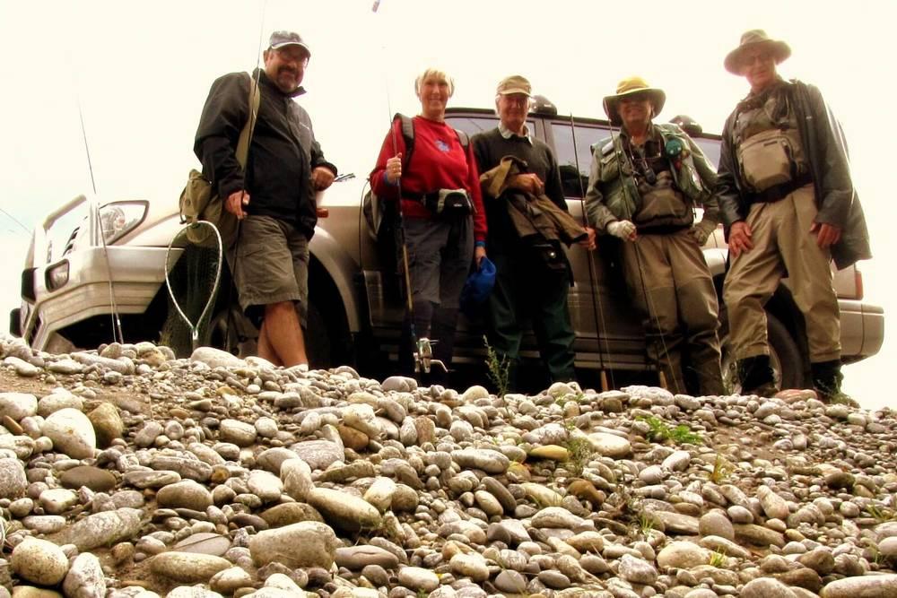 Group pic - Nelson Club fishing Reefton 039.JPG