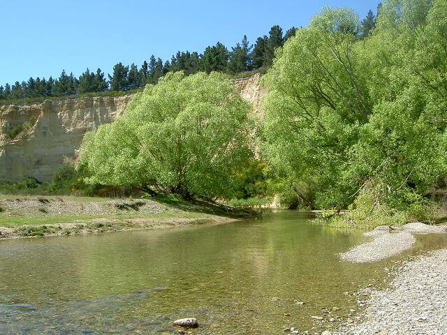 Kyeburn river PAW.JPG