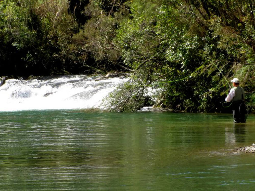 10October 2011  rai River fishing 047aaaa.jpg