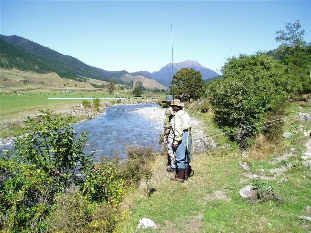 Glenroy river from Averill & Joan.JPG