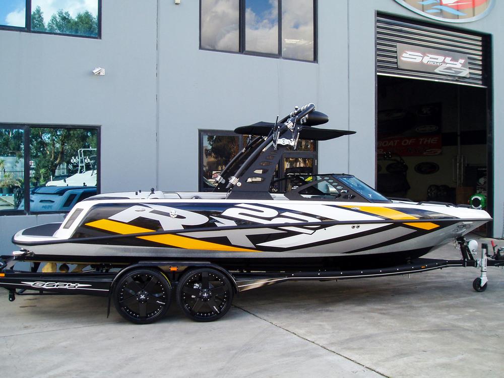 Spy_Boats_RX22-2.jpg