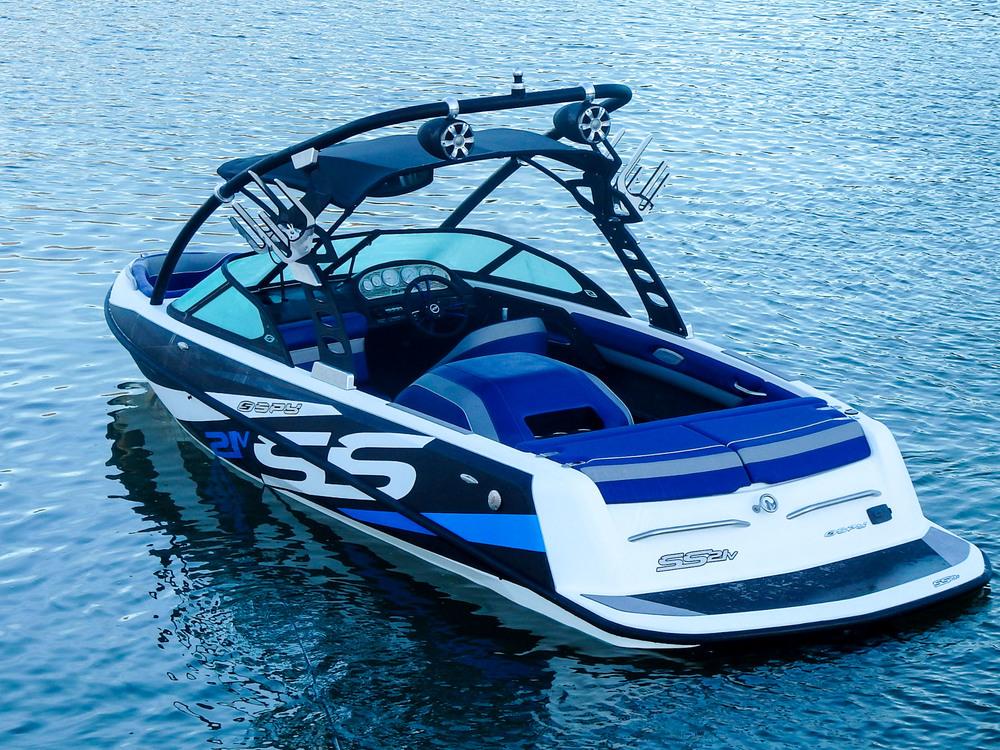 Spy_Boats_SS21-15.jpg