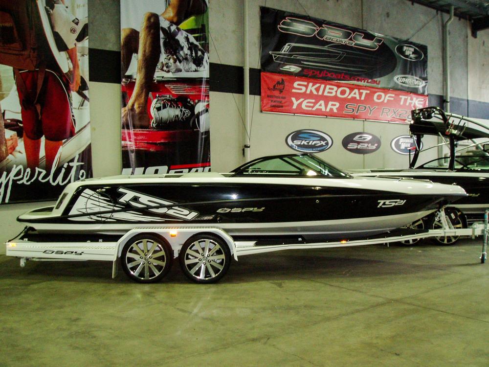 Spy_Boats_TS21-34.jpg