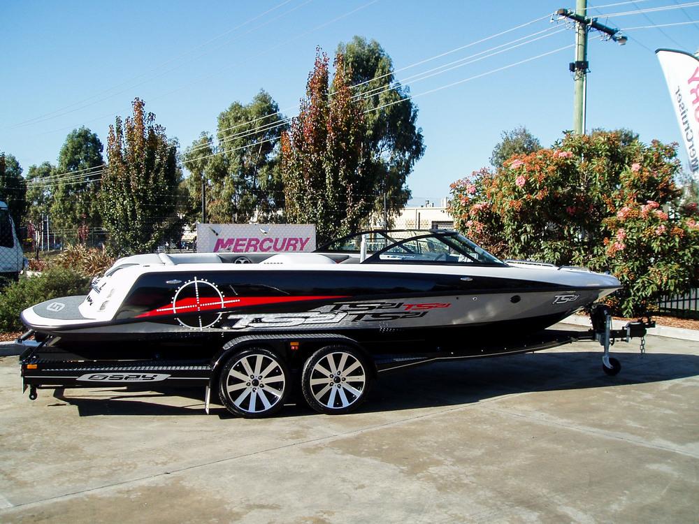 Spy_Boats_TS21-37.jpg