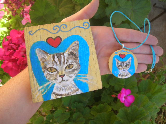 Kitty in Love painting & necklace by Kathy Crabbe