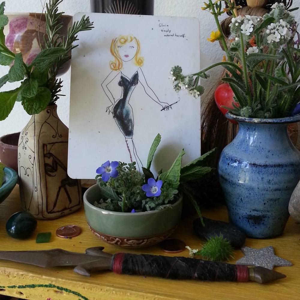 Gloria-simply-adored-herself-on-my-Libra-Full-Moon-Altar.jpg