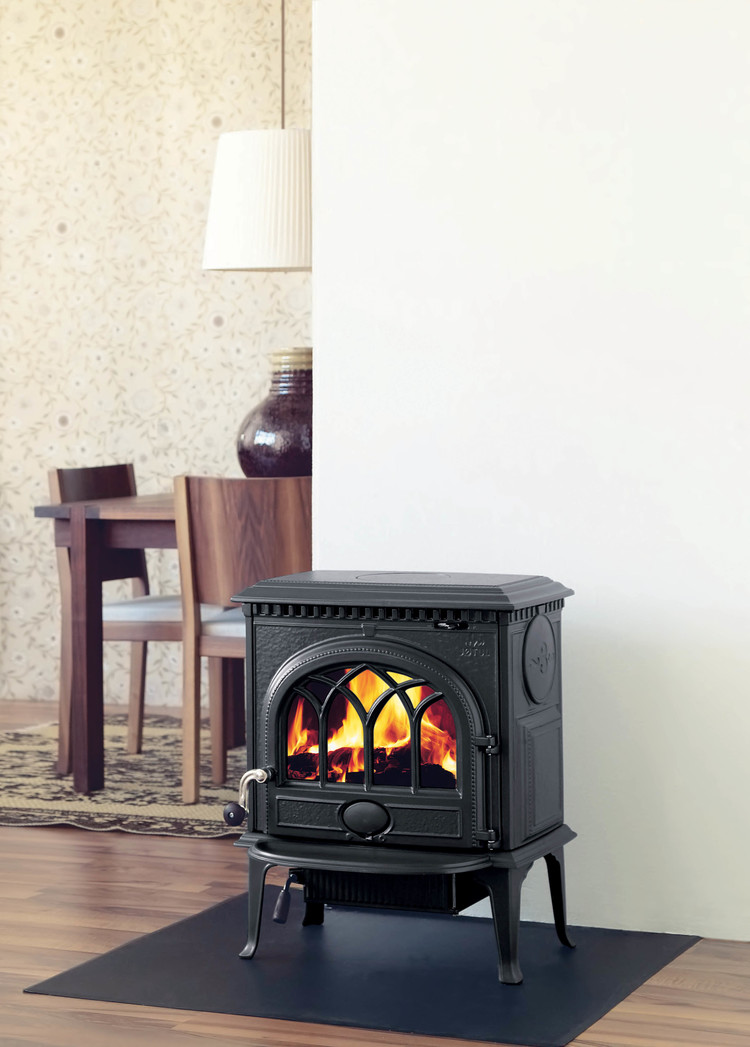 Jøtul F-3-CB Cast Iron Wood Stove — Fleet-Plummer