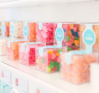 ID100148-sugarfina_small_candy_cube-alt_image_2.jpg