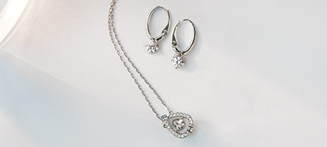 Swarovski-Jewelry-Sets-at-Fleet-Plummer