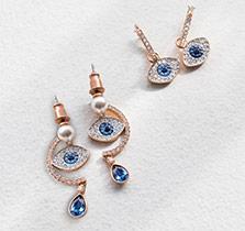 Swarovski-Earrings-at-Fleet-Plummer