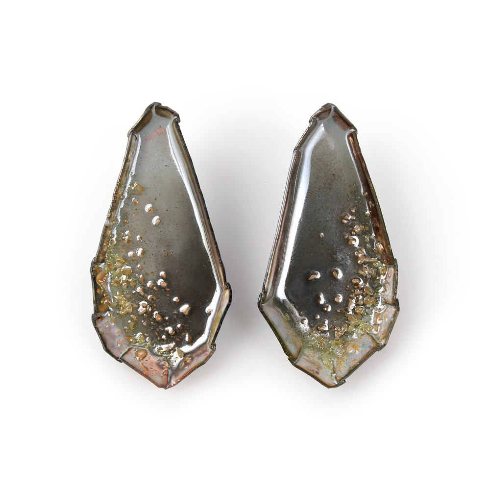 Kate Mess, <em>Encrusted Barnacle Earrings No.3</em>