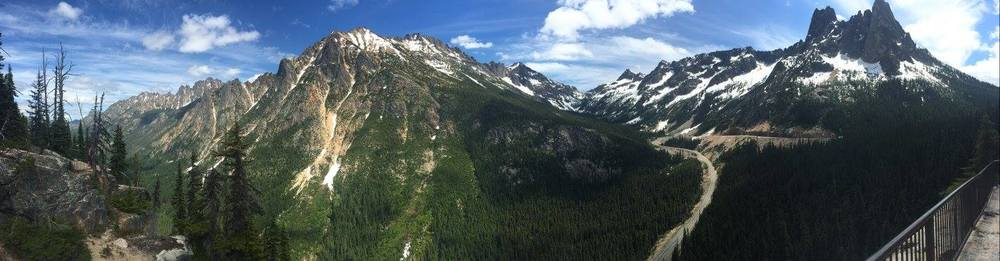 Panorama View from the Washington Pass Overlook