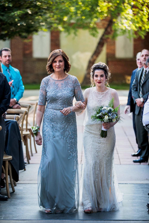 Lauren Brennan Mount Washington Mill Dye House Baltimore MD Wedding-088.jpg