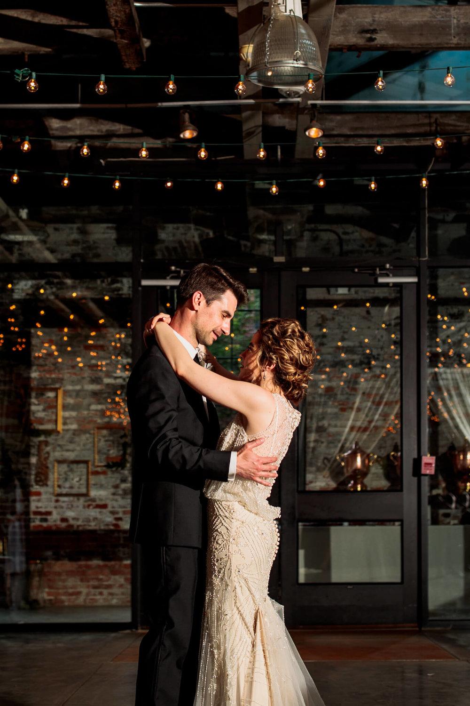 Lauren Brennan Mount Washington Mill Dye House Baltimore MD Wedding-184.jpg