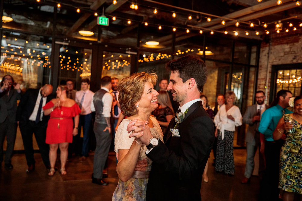 Lauren Brennan Mount Washington Mill Dye House Baltimore MD Wedding-420.jpg