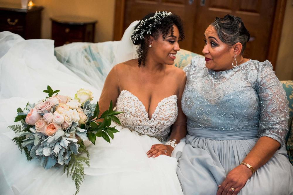 Lauren K-Shawn Christ Lutheran AVAM Baltimore Wedding-22.jpg