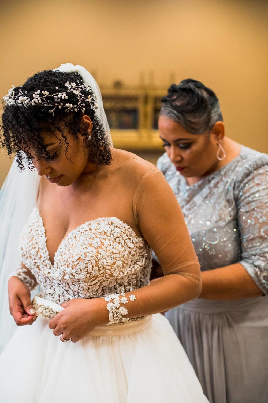 Lauren K-Shawn Christ Lutheran AVAM Baltimore Wedding-23.jpg