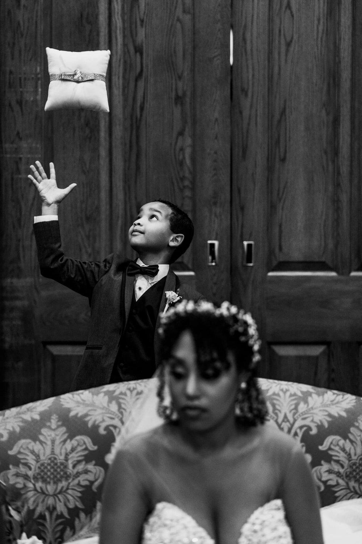 Lauren K-Shawn Christ Lutheran AVAM Baltimore Wedding-26.jpg