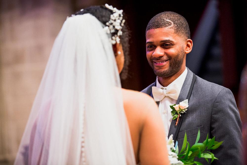 Lauren K-Shawn Christ Lutheran AVAM Baltimore Wedding-30.jpg