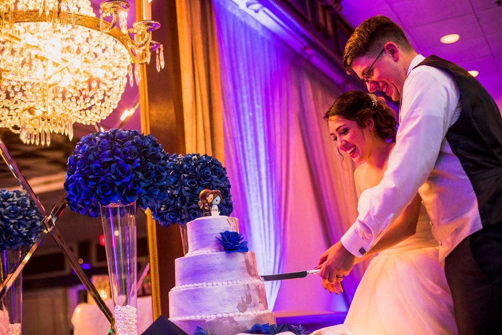 Jackie Andrew La Fontaine Bleu Lanham MD Wedding-20.jpg